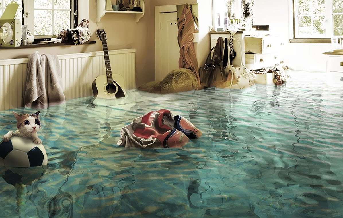 Что делать если затопили натяжной потолок?