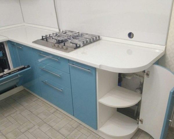 Изготовление встроенной кухни