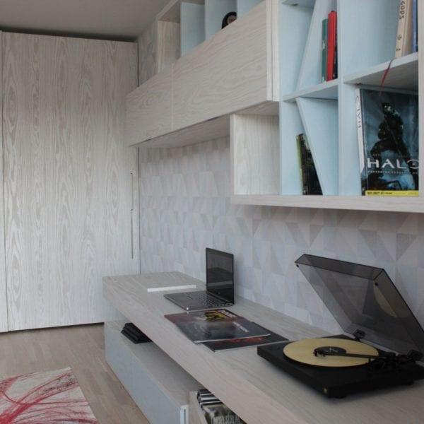 Изготовление мебельной консоли для гостиной