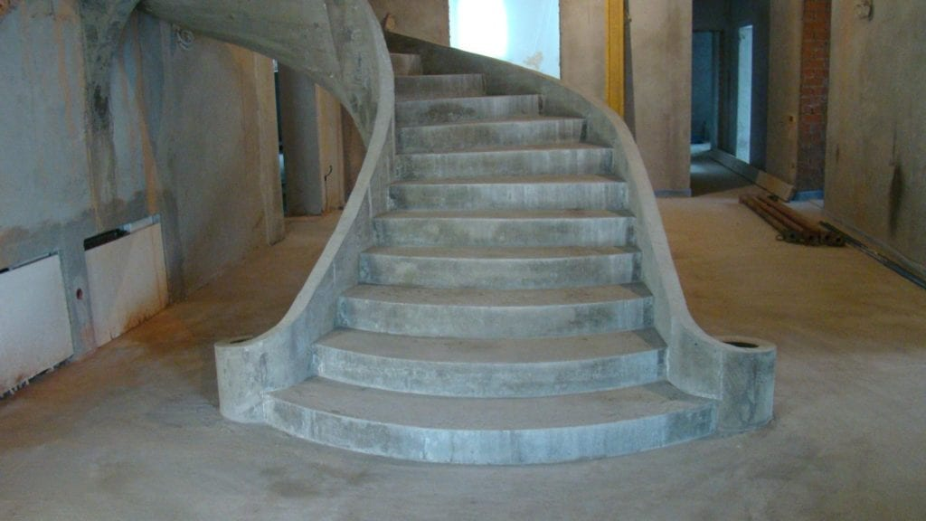 бетонирование лестниц