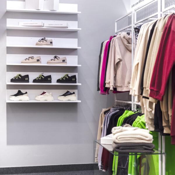 Магазин молодежной одежды «KeepStyle» в ТРЦ «Дафи», фото 4
