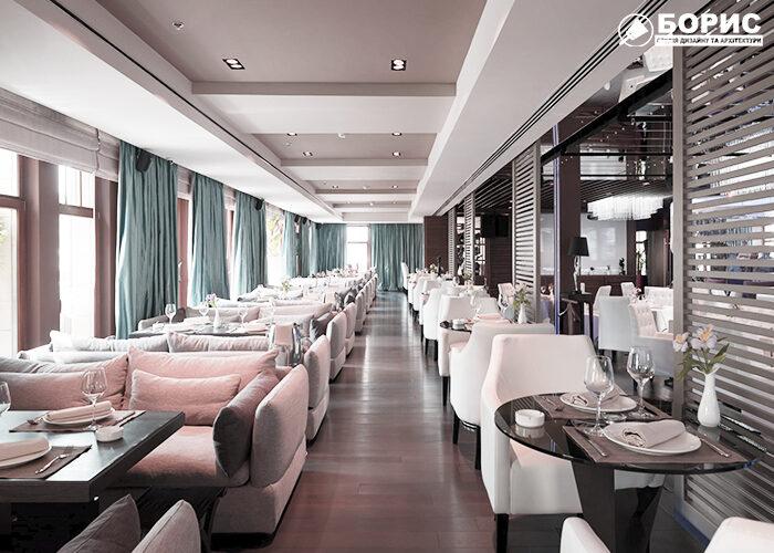 Большой зал ресторана после ремонта в Харькове.