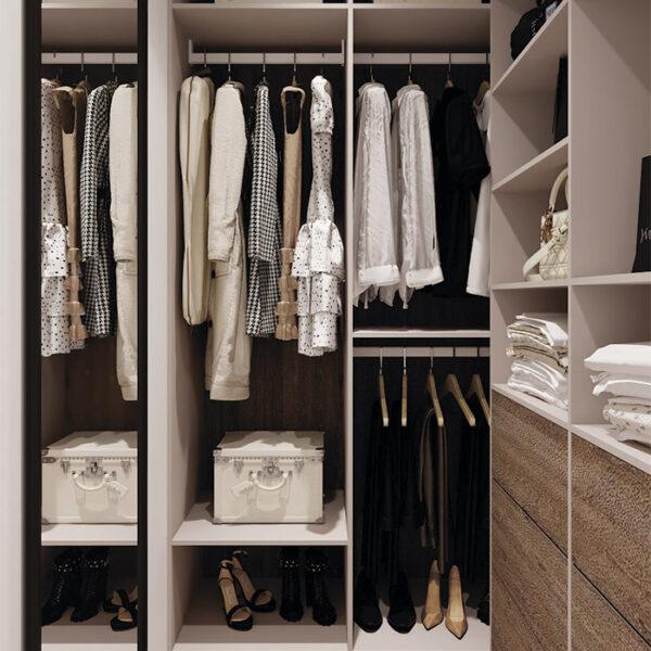 Дизайн-проект інтер'єра квартири у ЖК «Сінергія Сіті», гардеробна вид ліворуч