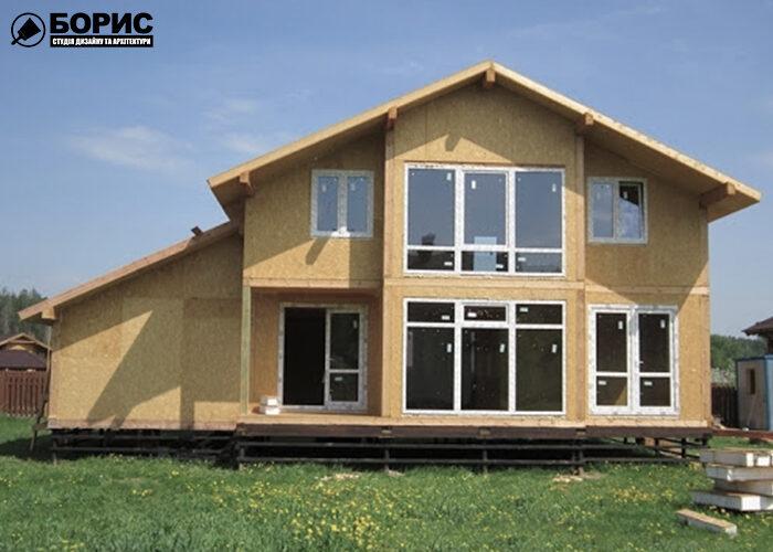 Будівництво великого будинку із сіп панелей.