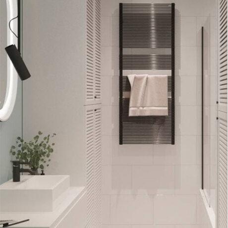 """Дизайн интерьера двухкомнатной квартиры ЖК """"Пролисок"""". ванная комната вид на вешалку"""